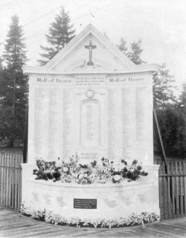 Roll of honor [memorial with names of men who died in World War, 1914-1918]