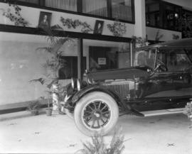 Begg Motor Co. - Showroom