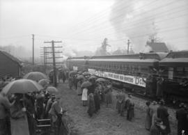 "29th military [departure of train - coach with banner ""62nd C.E.F. Batt'n Hulme's Husky Hun ..."