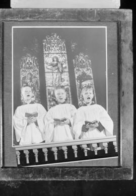 Choir boys - stained glass window, see also 52146