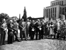 Assembly of present and former members of the Vancouver City Council, civic officials and others ...
