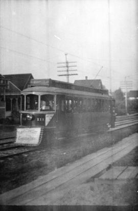 [Street car on 4th Avenue between Maple and Arbutus Streets]