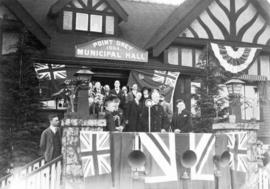 [Governor General Viscount Willingdon and others on steps of Point Grey Municipal Hall]