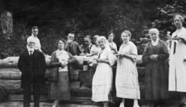 [Lillie family picnic at Stanley Park]