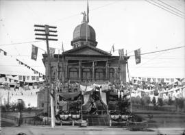 [Courthouse at Cambie and Hastings Streets, decorated for visit of Duke and Duchess of Cornwall a...