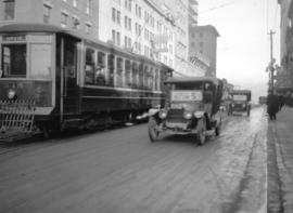 [Taxicabs and street car by Loew's Vaudeville]