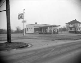 [B.A. Oil service station at Sunset Avenue and Kingsway]