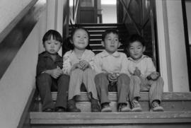Children at Yu Shan Society, unit block East Pender Street