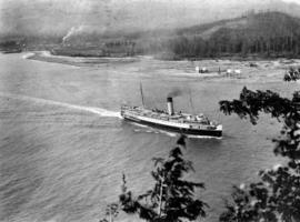 [View of steam ship from Prospect Point]