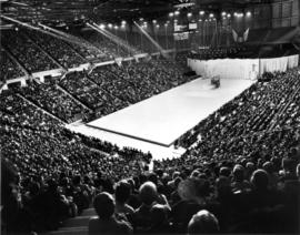 Pacific Coliseum : opening night of Ice Capades
