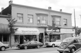 1752-1744 Commercial Drive