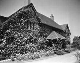 [W.F. Huntting residence (later G.F. Laing residence) at 3689 Angus Drive]