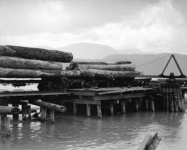 "Green Point Logging Co. Ltd. [""Jill-Poke"" log unloading devise at log dump]"