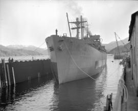 """Fort Mumford"" [entering drydock]"