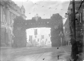 [Welcoming arch at Granville and Hastings Streets, erected for visit of Prince of Wales]