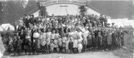 [Group photograph at Seventh Day Adventist Convention]