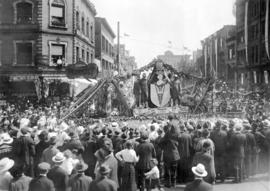 [The Vancouver float in the Great Peace Celebration parade at the intersection of Granville Stree...