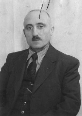 Identification photograph of Moses Kaufmann