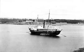 "[Hudson's Bay Co. paddle wheel steamer ""Beaver""]"
