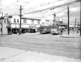 Streetcar at Broadway and Alma