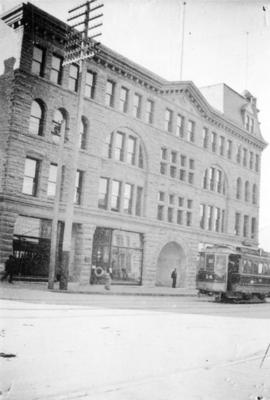 [Exterior of the McKinnon (Williams) Block - 413 Hastings Street at Granville Street]