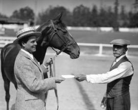 Leo Carrillo [stage personality with horse]