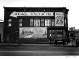 Tom's Grocery storefront and Harry James mural advertisement, Keefer and Main