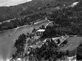 [View of Bowen Island showing the Union Steamship Co. Resort and Deep Bay]