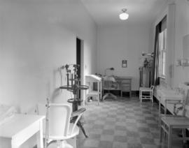 Shaughnessy Hospital [consulting room]
