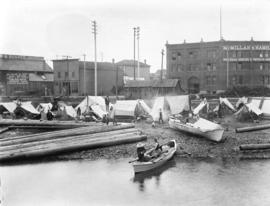[First Nations people camped on Alexander Street beach at foot of Columbia Street]