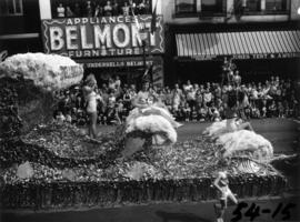 City of Bellingham float in 1954 P.N.E. Opening Day Parade