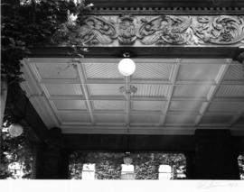 Angus Apartments (Gabriola), 1531 Davie Street, porte-cochere ceiling and frieze