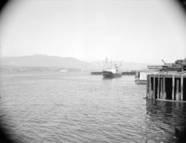 "[The ""Chilkoot"" leaving Vancouver harbour]"
