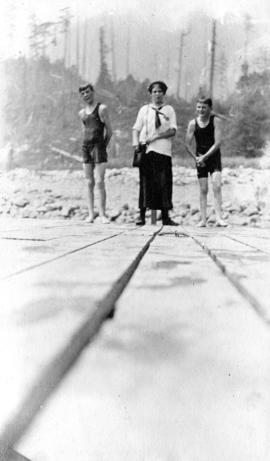 Children standing on the dock at Orlomah Beach