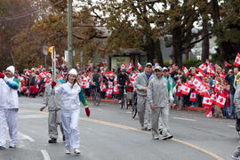 BC, Day 1, Esquimalt, October 30 2009, Torchbearer, Torchbearer 002 Simon Whitfield, Torchbearer ...