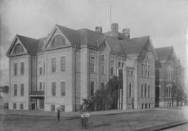 Exterior of Mount Pleasant School at Kingsway and East Broadway