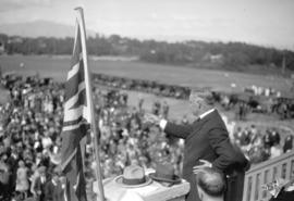 [Colonel George O. Fallis delivering dedicatory address at opening of Memorial Park]