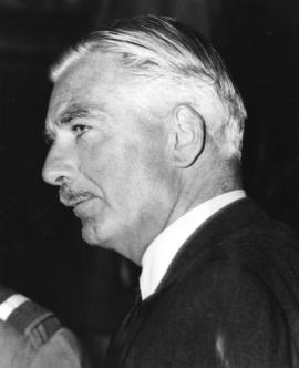 [The Right Honourable Anthony Eden at the airport]