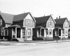 [Residences in the 1000 block Thurlow Street]