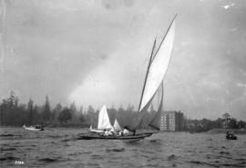 [Yacht under sail - English Bay - running]