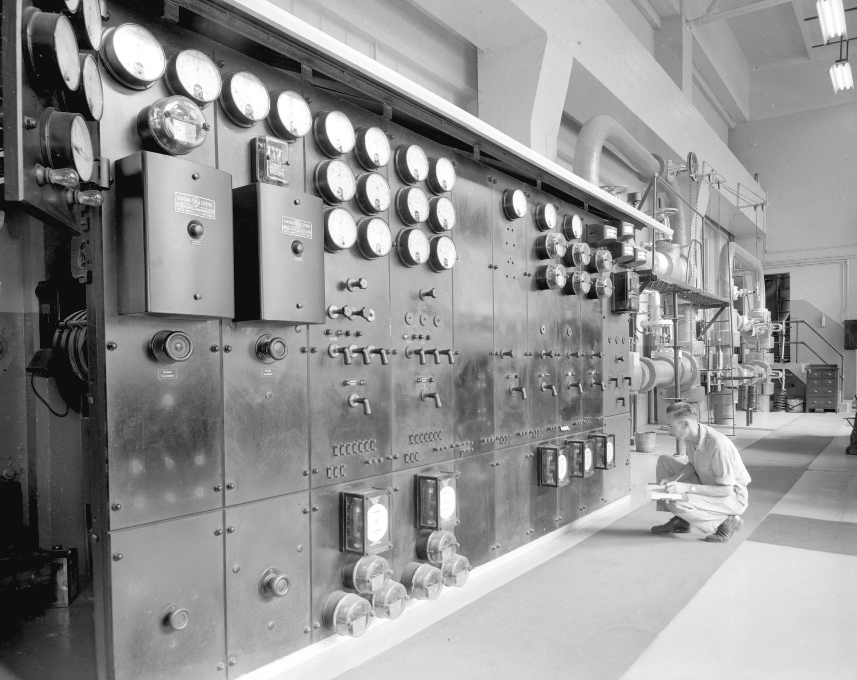 Turbine Room, Pacific Mills Ocean Falls - City of Vancouver Archives