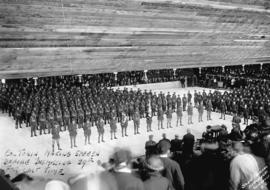 Colonel Tobin making speech before dismissing 29th [Battalion, C.E.F.] for last time [at Denman A...