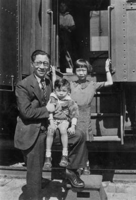 Sam Ho, Winnie Jr. and Richard on the Milwaukee Line