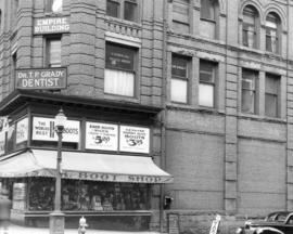 [Partial exterior of the Empire Building - 603 W. Hastings Street]