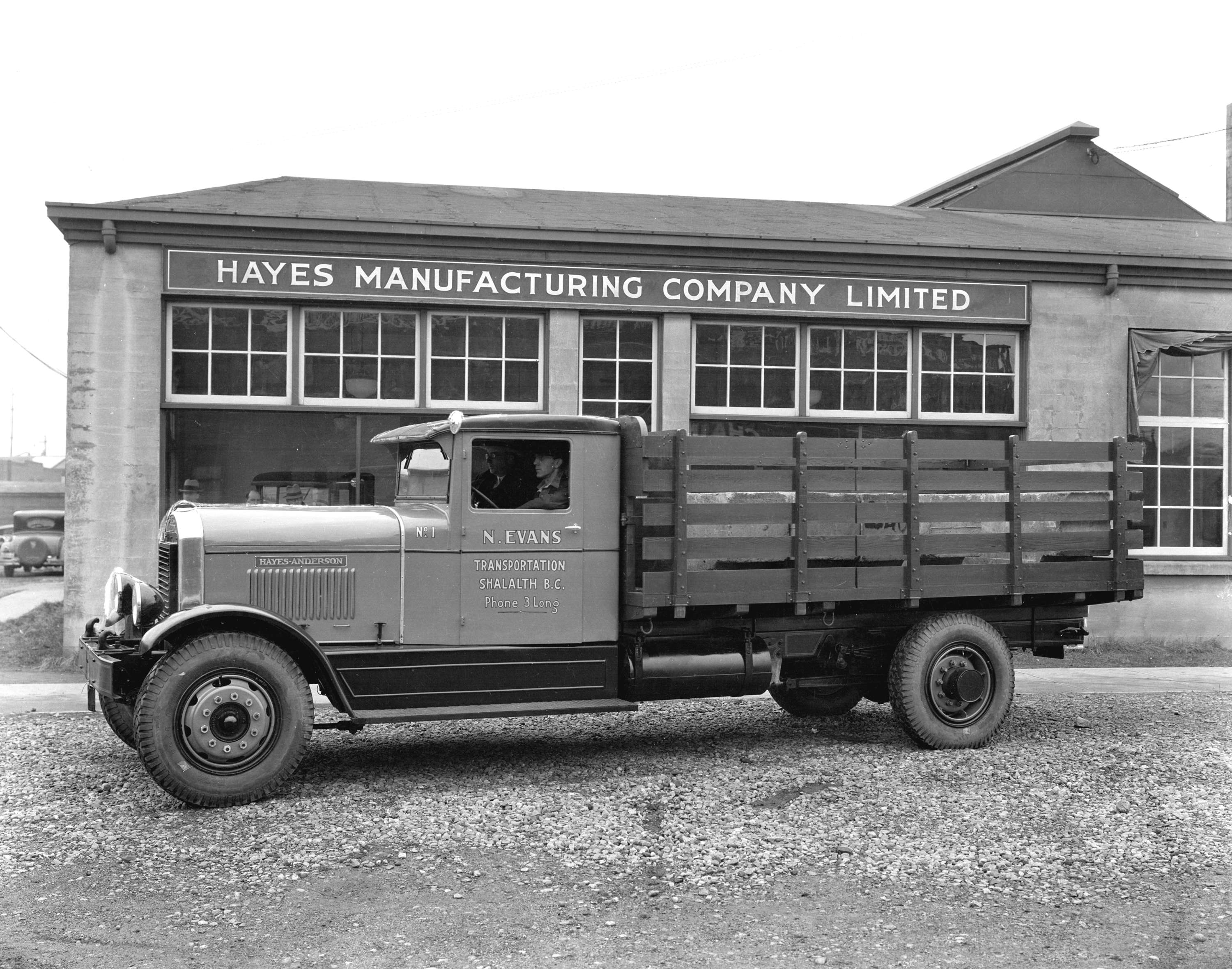 N evans truck no 1 outside hayes manufacturing company for Hayes motor company trucks
