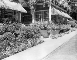 [Exterior view of the entrance to the Bowen Island Inn]