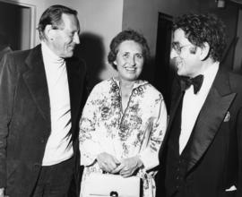 Hugh Pickett, Simma Holt and Tony Bennett