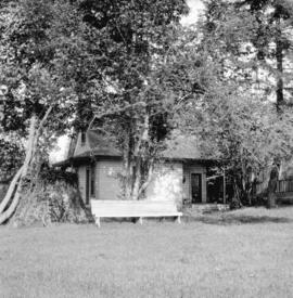 [Cottage and lawn tennis court at Benjamin Springer's residence]