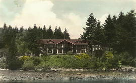 Bowen Island Inn [viewed from Deep Bay]