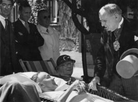 Sir Percy visits Shaughnessy Military Hospital